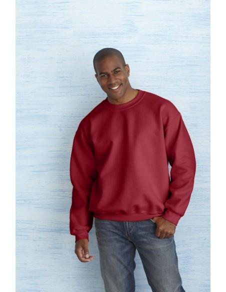 325 g/m² (White: 306 g/m²) 50% algodón, 50% poliéster Open end Costuras dobles en cuello, sisas, puños y dobladillo Mangas