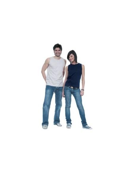 100% algodón ring spun Gris vigoré: 98% algodón, 2% viscosa natural 160 grs/m2 punto liso Tinte reactivo azo-free Cuello y