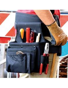 TIPOLOGÍA: BOLSA PARA CARPINTEROS  DESCRIPCIÓN: 2 amplios bolsillos de EVA (uno de ellos colgante), portamartillo rigido, aco